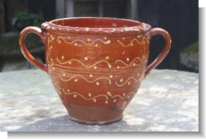 MAMMOUTH SLIPWARE POT, YORKSHIRE