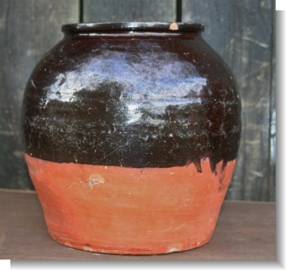LARGE BUCKLEY POT