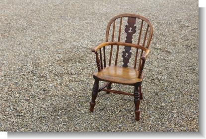 VERY GOOD YEW WOOD CHILDS WINDSOR CHAIR