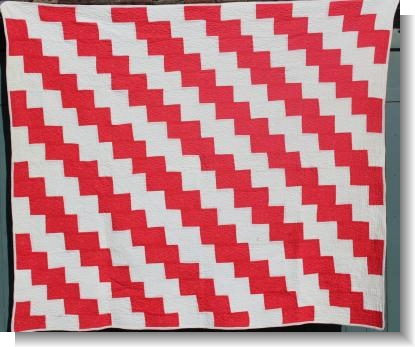STRIKING AMERICAN RED & WHITE QUILT