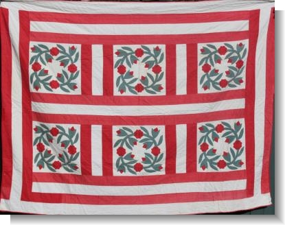 UNUSUAL LATE 19th CENTURY AMERICAN QUILT