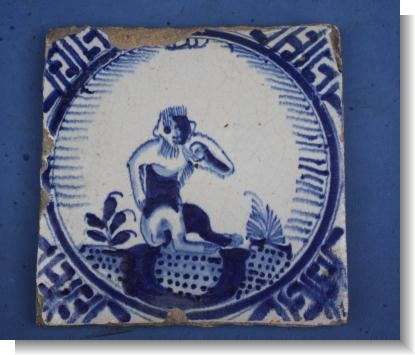 Good 17th Century DUTCH DELFT TILE of a MONKEY, c.1640